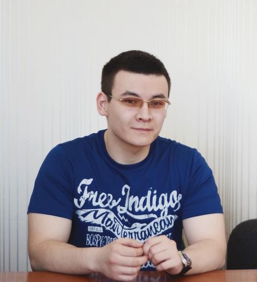 sabit-naukenov